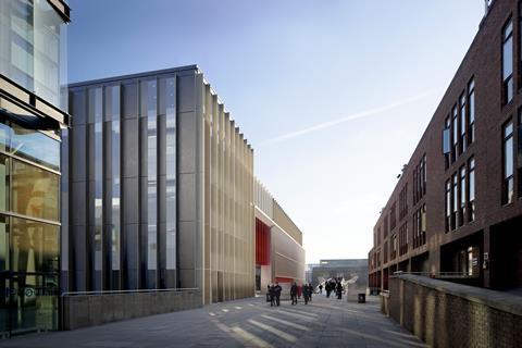 Millennium Bridge House - ORMS Architecture